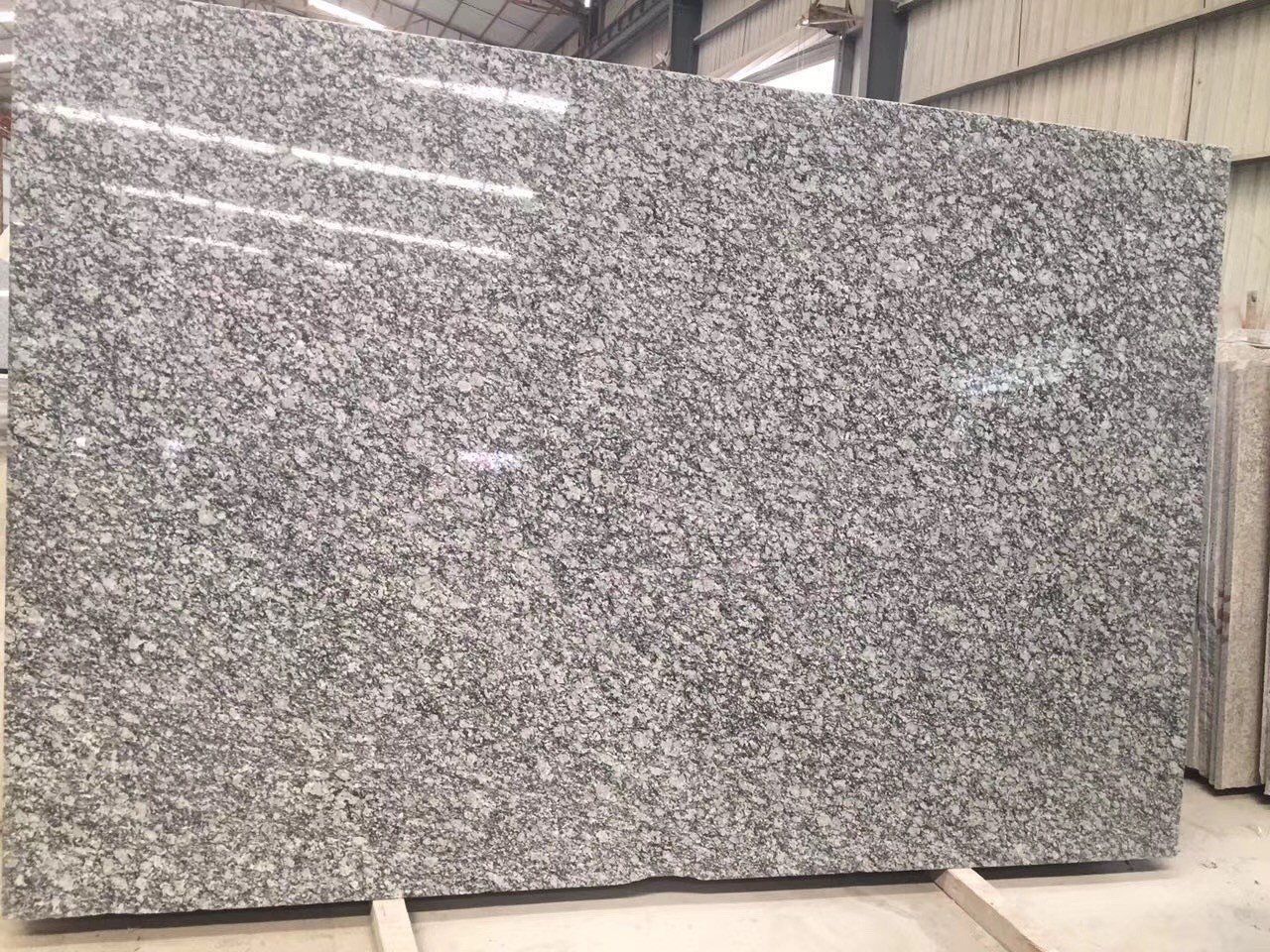 Natural granite,different types of granite,characteristics of granite,what is the texture of granite,volcano granite,granite slab colors,buy granite slab