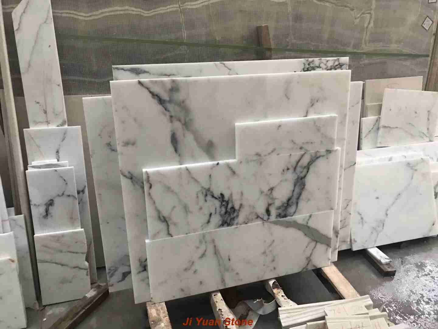 Statuario marble,statuarietto marble,statuario,statuario marble price,statuario marble tiles,statuario tiles,calacatta statuario,white statuario marble